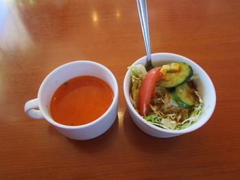スープとサラダ.JPG